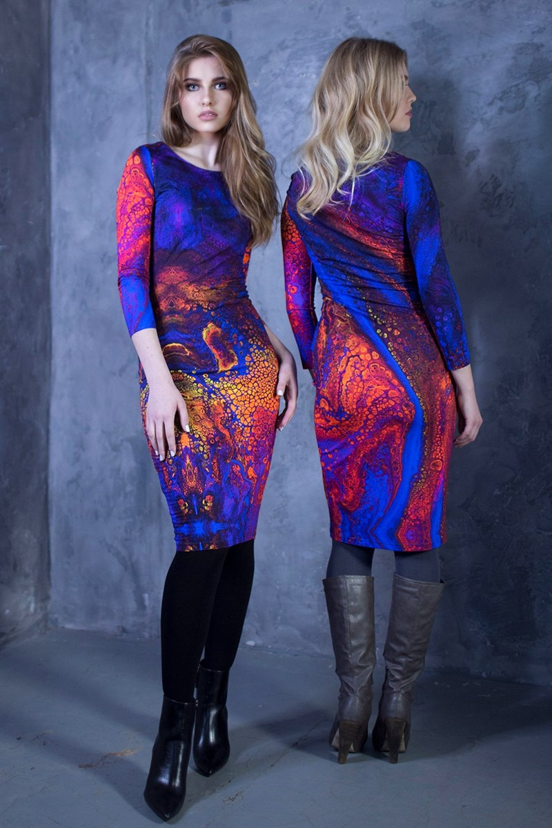 Dress with abstract purple print