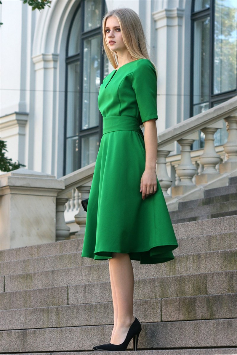 Green dress with circle skirts
