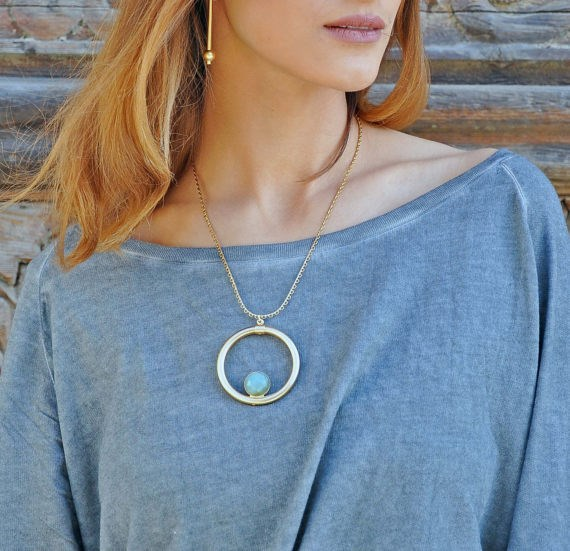 Round Pendant Necklace with stone